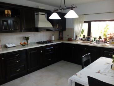 vila lux la pret de apartament in statiune balneoclimaterica - 5